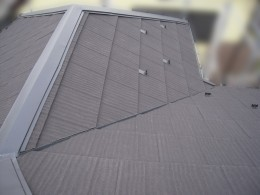 屋根カバー工事完了後