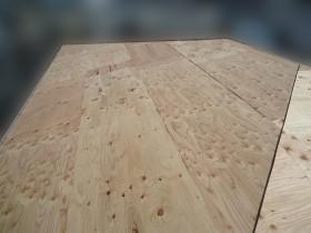 屋根カバー工事野地板補強
