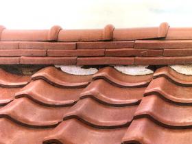 【瓦屋根】漆喰が剥がれていると雨漏りの原因に…