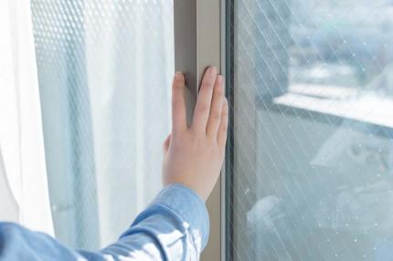 今年の夏こそ遮熱対策!暑さを和らげる窓周りの工夫